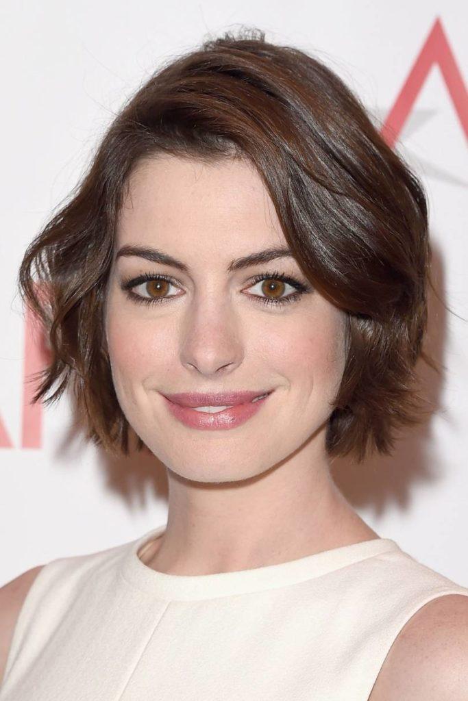 Anne Hathaway Haircut (15)