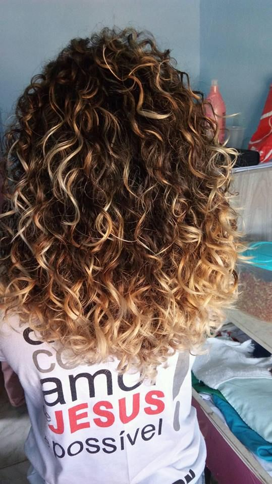 Ombre Curly Hairstyles
