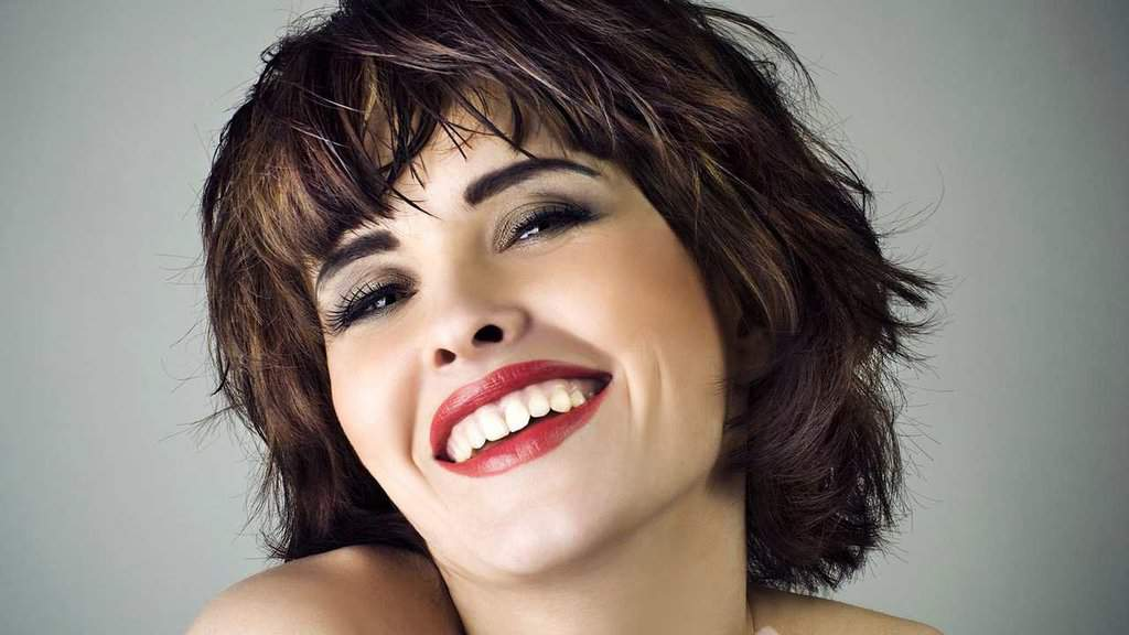 50 Cute Short Haircuts for Women to Look Charming