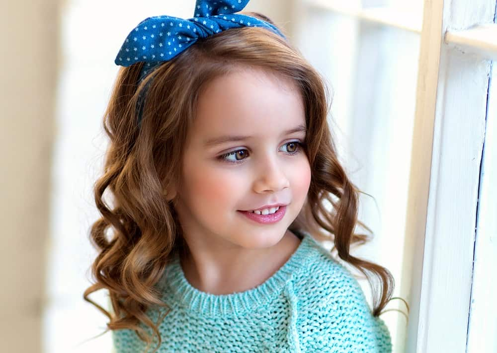 Hairstyle Ideas for Little Girls with Round Faces