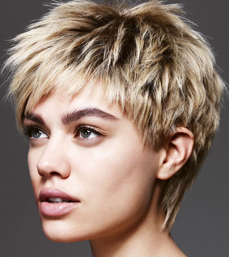 24 Cool And Charming Short Hairstyles For Summer Haircuts