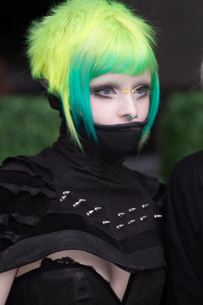 21 Cyberpunk Haircuts For Bold And Beautiful Divas