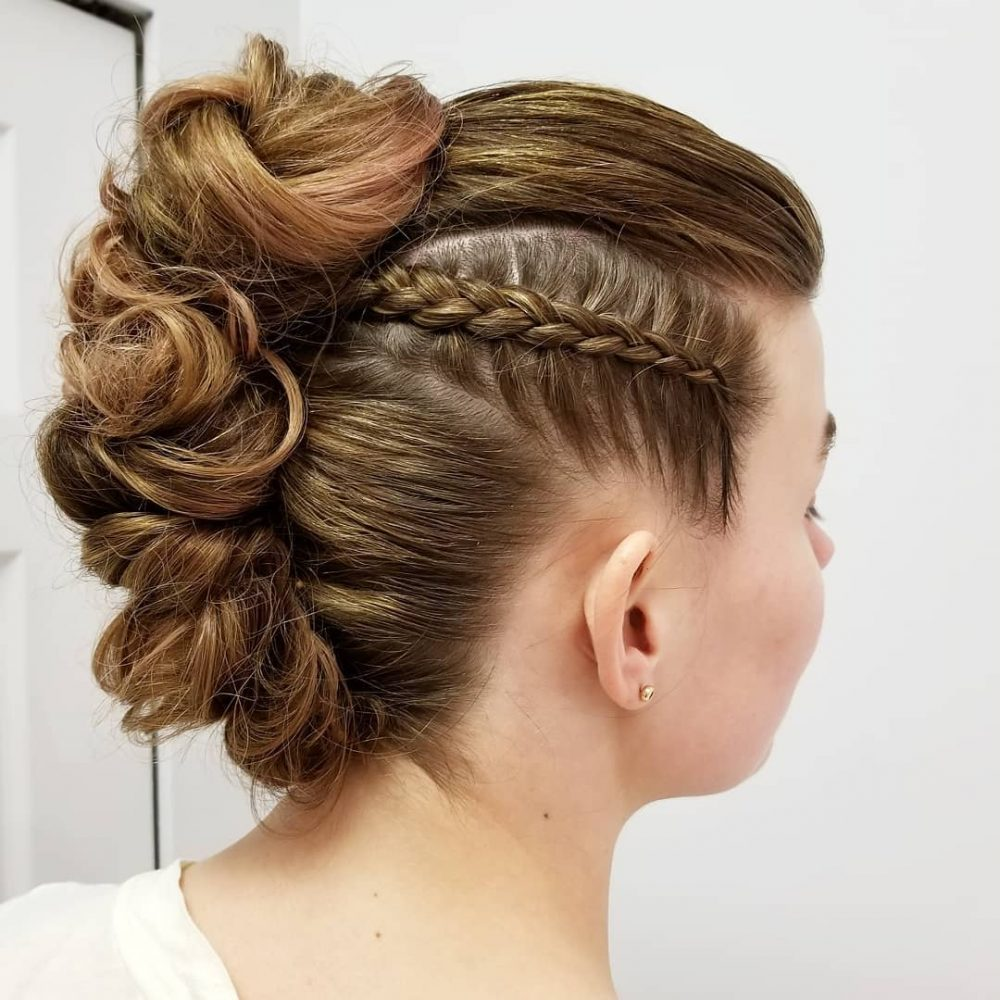 21 Prom Hairstyles 2019 from Around the World - Haircuts & Hairstyles 2020