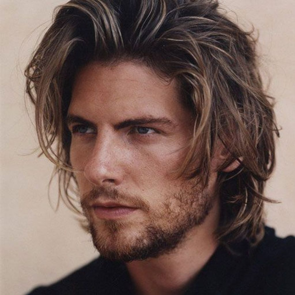 Cool Long Hair Haircuts For Guys 37
