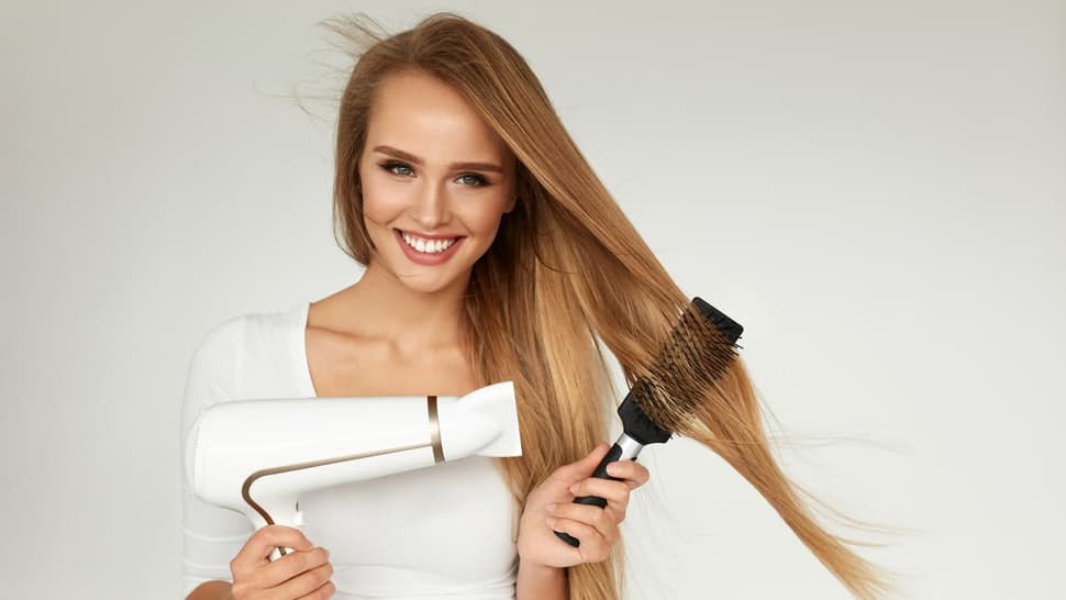 How to Create the Perfect 'Blow Out' with a Hair Dryer