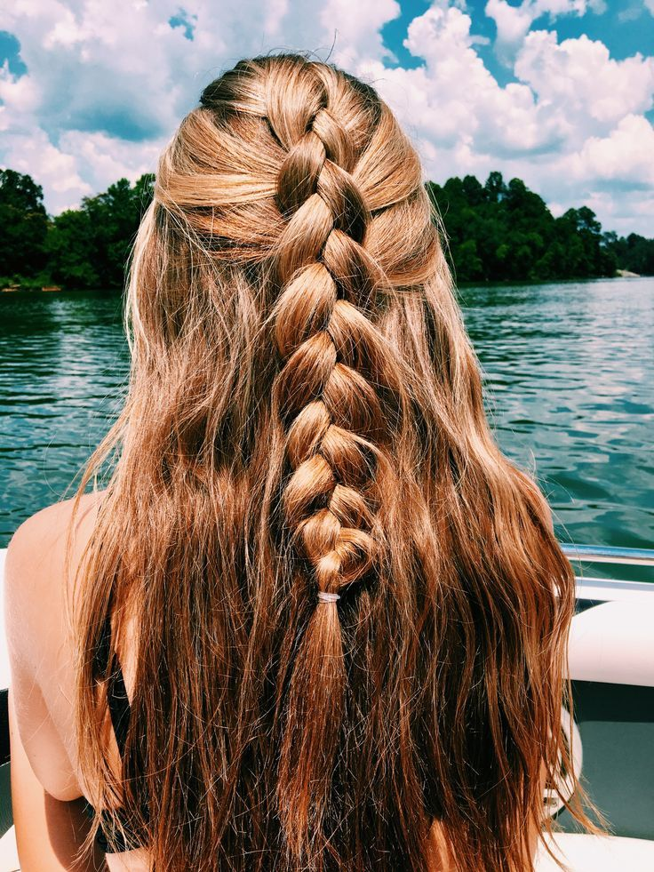 25 Prom Hairstyles 2020 for an Exquisite Look - Haircuts ...