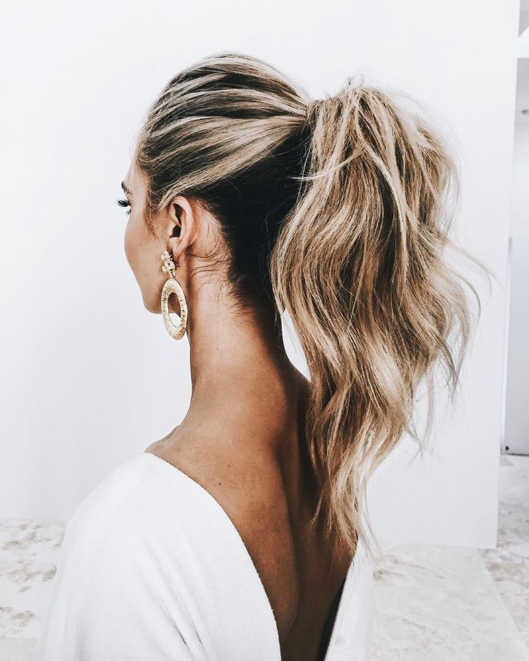 A Chic Ponytail