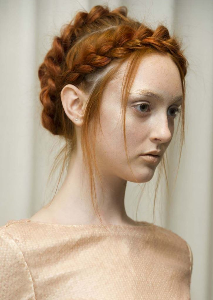 A Vintage-Inspired Hairstyle