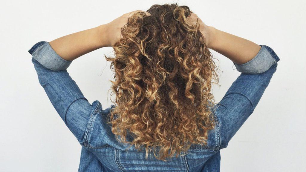 Curly Hair3
